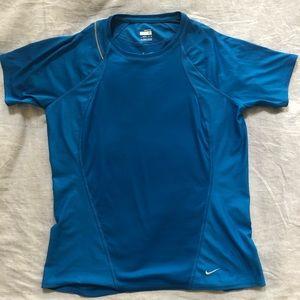 Nike FITDRY short sleeve shirt